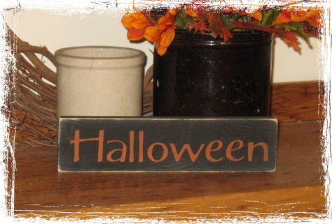 Halloween Wood Sign-Halloween -WOOD SIGN- Hand Painted Fall Season Country Primitive Farm Home Decor Gift