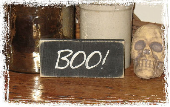 BOO Wood Sign-BOO -WOOD SIGN- Hand Painted Fall Season Halloween Country Primitive Spooky Home Decor Gift