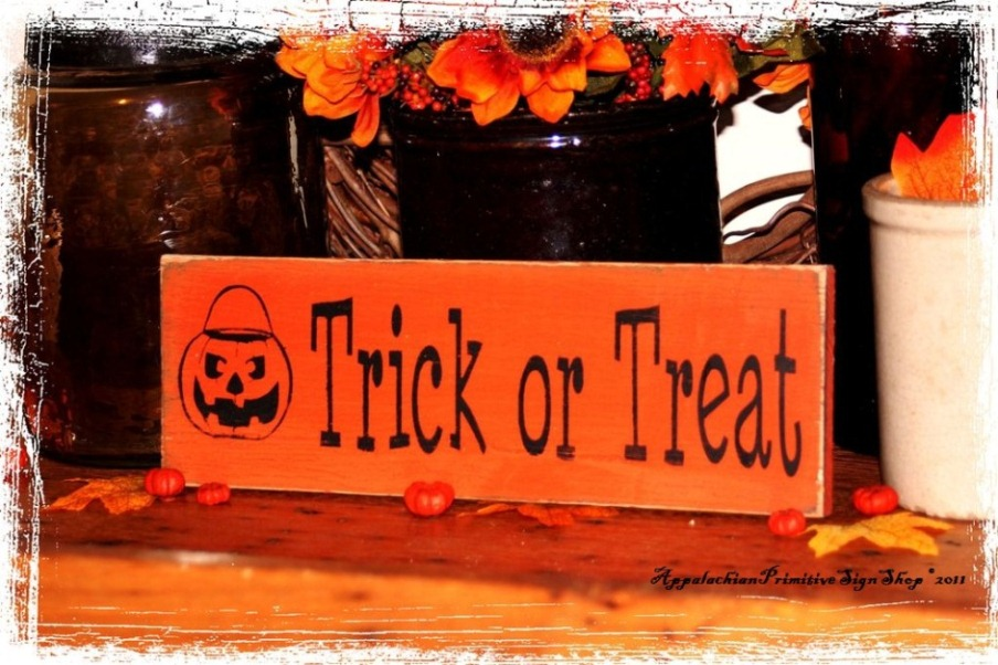 Trick or Treat with Jack O Lantern Bucket -Wood Sign- Halloween Decor-Trick or Treat with Jack O Lantern Bucket -Wood Sign- Halloween Decor