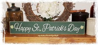 Happy St. Patricks Day Wood Sign Spring Home Decor Holiday Decoration